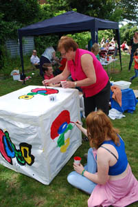 Pentecost 2014 at the CUBE youth centre - Painting the CUBE cube