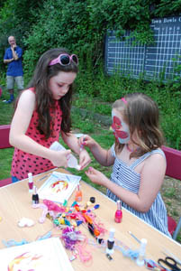 Pentecost 2014 at the CUBE youth centre - Crafts