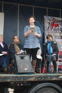 Service at Market Harborough's Good Friday 2015 event in the town square